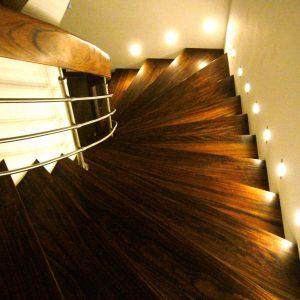 Treppe Nussbaum